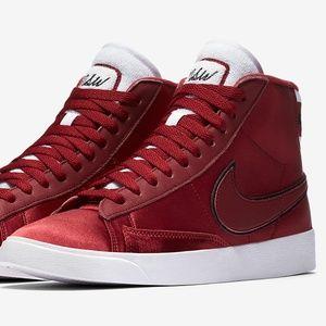 Nike NSW Womens Red Satin Blazer Sneaker Size 8